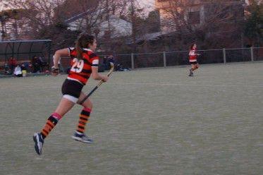 Hockey – Olivos se repuso y sigue primero