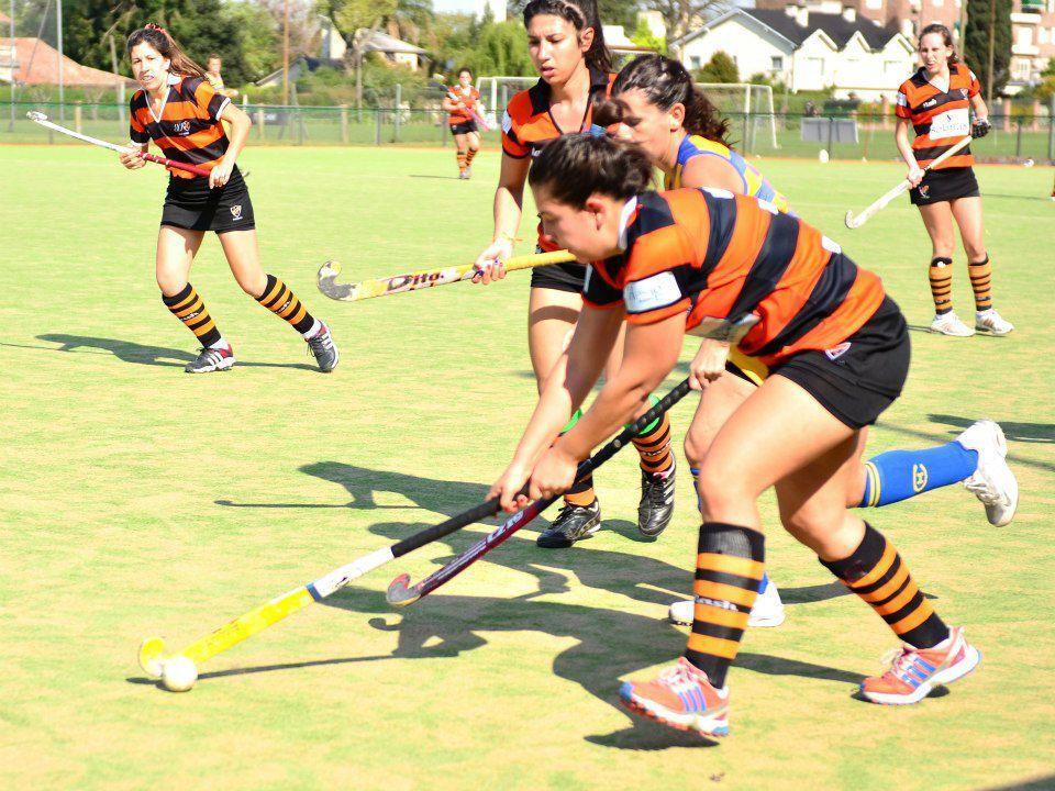 Hockey Línea C – Dura caida ante Macabi